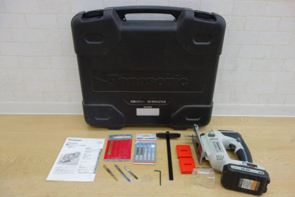 中古品 パナソニック 充電ジグソー EZ4541(2018年9月買取)